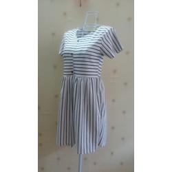 Đầm babydoll sọc đen trắng