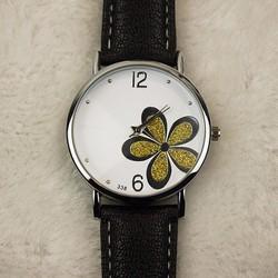 Đồng hồ đeo tay  dây da mặt trắng họa tiết cỏ bốn lá 03 WF61013964