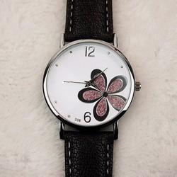 Đồng hồ đeo tay  dây da mặt trắng họa tiết cỏ bốn lá 04 WF61013965