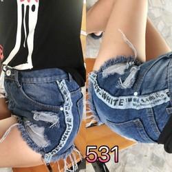 Quần jeans thời trang