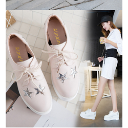 giày sneaker nữ da cao cấp siêu nhẹ ,siêu mềm 3 màu đen ,trắng ,hồng