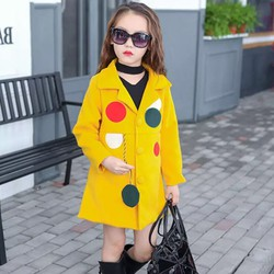Áo khoác dạ cổ vuông sành điệu cho bé gái