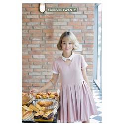đầm xòe màu hồng cổ peter Pan
