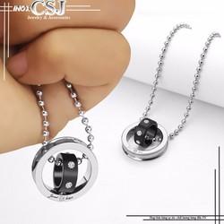 Mặt dây chuyền inox 2 chiếc nhẫn lồng màu đen