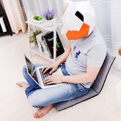 Ghế ngồi bệt tựa lưng - Kiểu Nhật