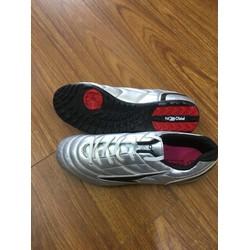 giày bóng đá prowin