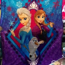 Chăn hoạt hình Disney
