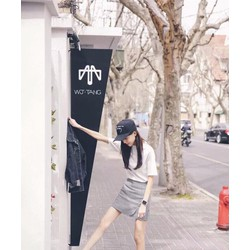 Set Chan Váy Caro Và Áo Thun Trắng Rất Xinh