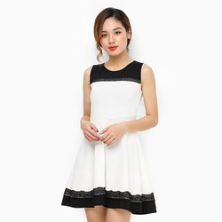 Đầm Xòe Phối Ren Màu Trắng Ms10
