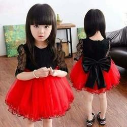 váy hàng thiết kế cho bé gái