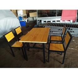 Bàn ghế nhà hàng giá rẻ bán tại xưởng