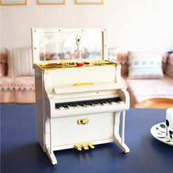 Hộp Nhạc Piano Vũ Công