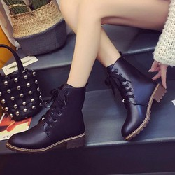 Giày boot nữ thể thao sành điệu