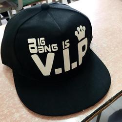 Mũ Snapback phát sáng phong cách Hàn Quốc