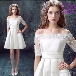 Đầm xoè trễ vai trắng