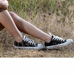 Giày Sneaker Năng Động Cổ Thấp Đen Nam