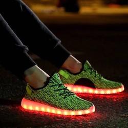 Giày phát sáng 7 màu đẹp, thời trang cá tính cho nữ