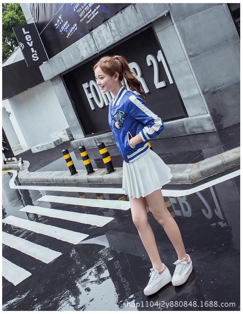 ao-khoac-the-thao-hoa-tiet-xuong-rong-tb0471-9