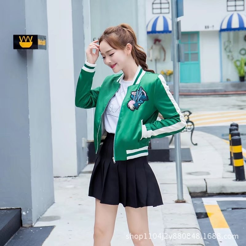 ao-khoac-the-thao-hoa-tiet-xuong-rong-tb0471-5