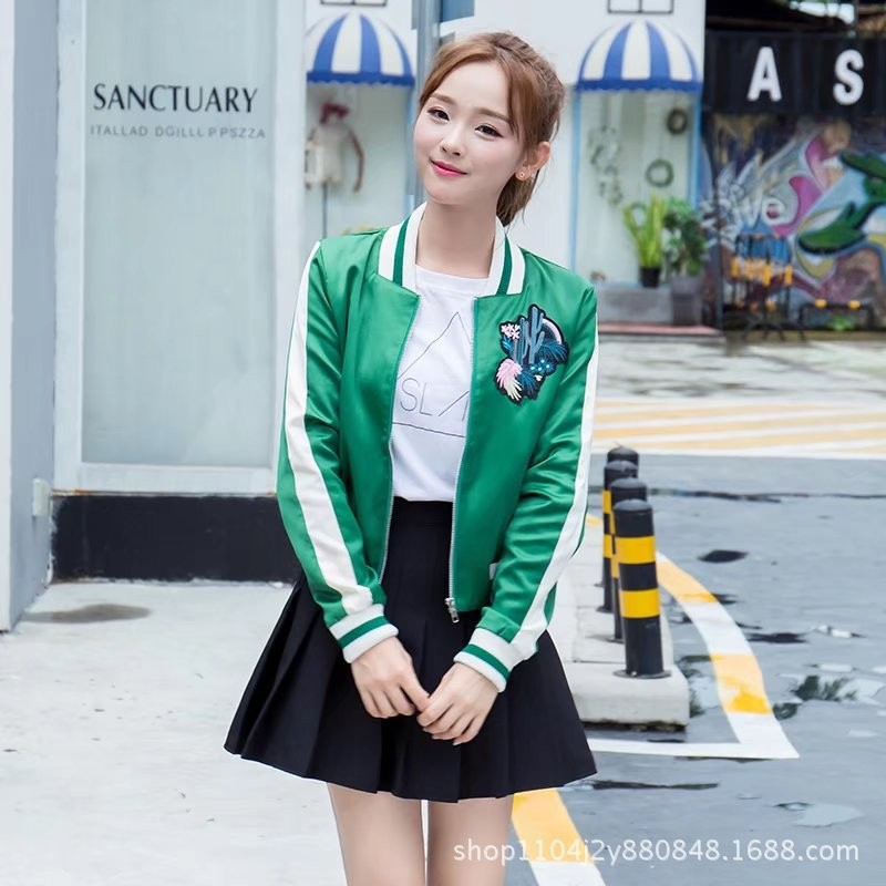 ao-khoac-the-thao-hoa-tiet-xuong-rong-tb0471-3