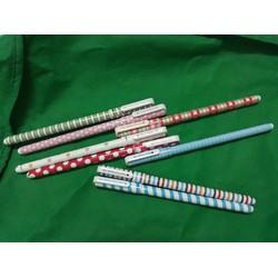 2 bút mực nước nhiều màu 15k