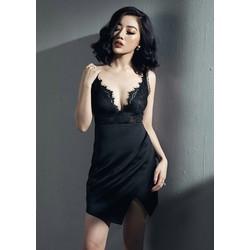 Đầm đen chéo ngực pha ren