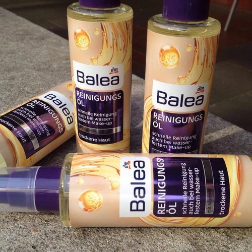 Dầu tẩy trang Balea