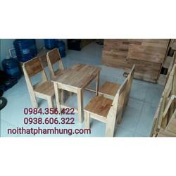 bàn ghế gỗ cafe cóc vỉa hè