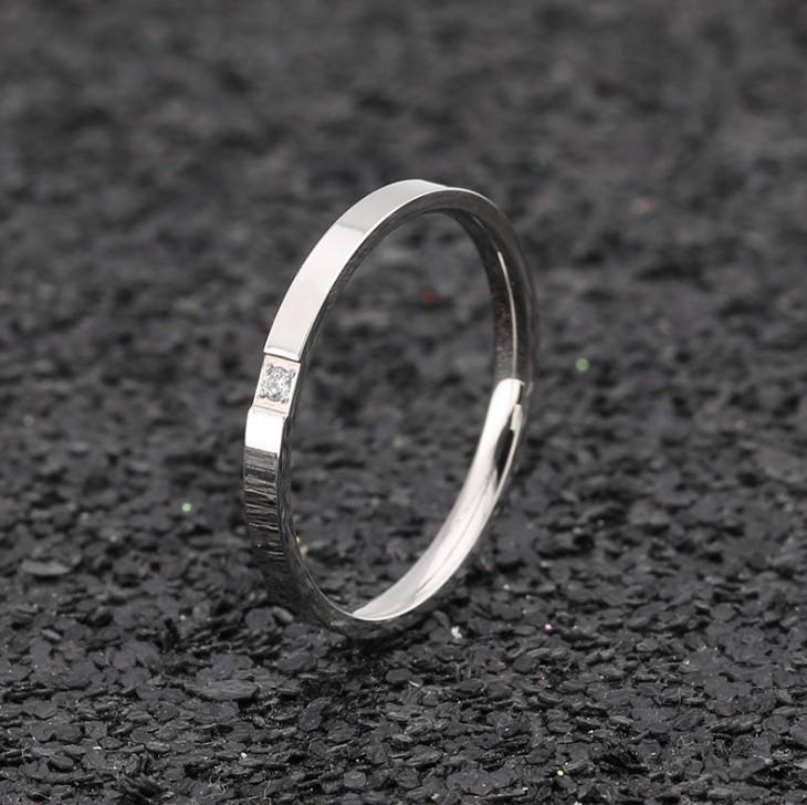 Nhẫn Ti Tan Ko đen 1 Viên đá Chìm TT 0411 4