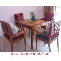 bàn ghế gỗ khối