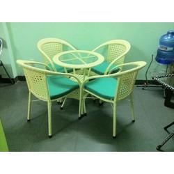 bàn ghế  cafe  cần bán gấp với giá rẻ