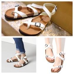 giày sandal xỏ ngón kiểu