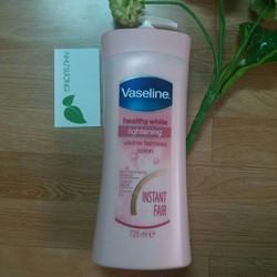 Sữa dưỡng da trắng hồng Vaseline Healthy White Lightening 725ml