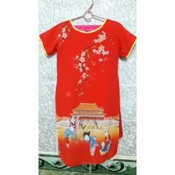 áo dài cách tân bé gái ngôi chùa