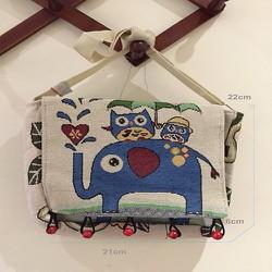 Túi đeo chéo - vải bố họa tiết thổ cẩm
