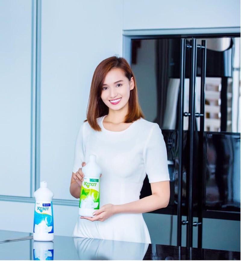 Nước rửa chén KitKit hương trà xanh chai 750ml 5
