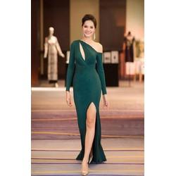 Đầm dạ hội kiểu lệch vai khoét ngực xẻ tà