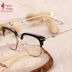 Mắt kính giả cận nửa tròng họa tiết cổ điển