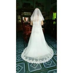 đầm cưới dạ hội đuôi xòe rộng