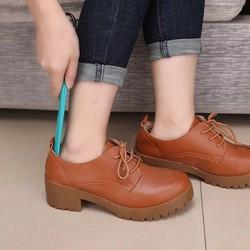 Dụng cụ Hỗ Trợ Mang Giày