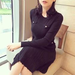 Đầm len đen mịn