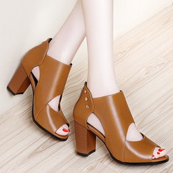 Giày cao cổ nạm kim loại Monte màu bò