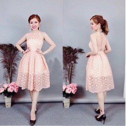 Đầm ren xòe công chúa cổ yếm siêu xinh