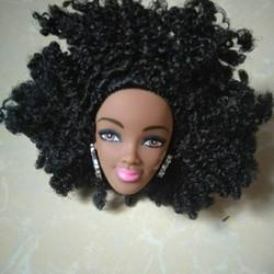 Đầu búp bê da đen tóc xoăn cực dễ thương
