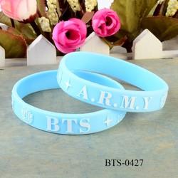 Vòng tay cao su BTS xanh dương siêu dễ thương