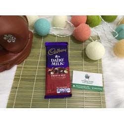 Socola Cadbury Dairy Milk nhân trái cây và hạt