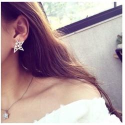 Bông tai sao đính đá cực xinh