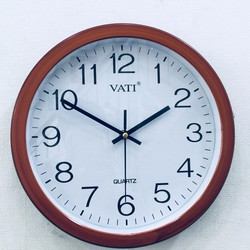 Đồng hồ treo tường giả gỗ - Quà tân gia ý nghĩa