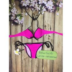 Bikini ngực màu hồng