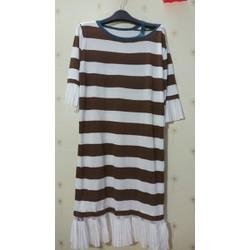 Đầm len sọc form dài phối von